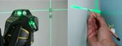 Niveau laser croix vert