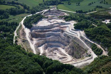Mesure de precision de mines et carrières